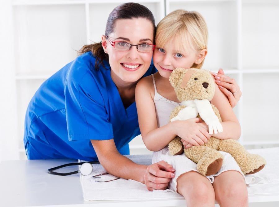 pediatri hemşiresi