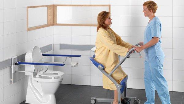 kendi kendine tuvaleti kullanmada eksiklik